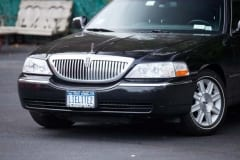 2011_Lincoln_Towncar_04